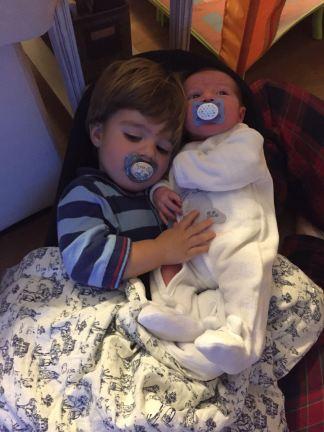 hermanos-juntos